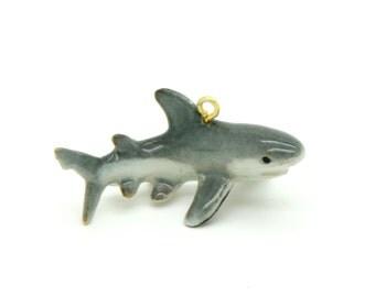 1 - Porcelain Great White Shark Pendant Animal Hand Painted Glaze Ceramic Animal Ceramic Shark Jewelry Supplies (CA096)