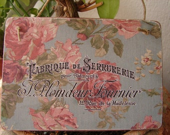 shabby chic French text on vintage wallpaper design, wooden tag, dresser, door hanger