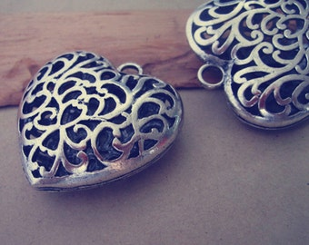 2pcs  antique silver hollow out  Love Heart pendant charm 48mmx50mm