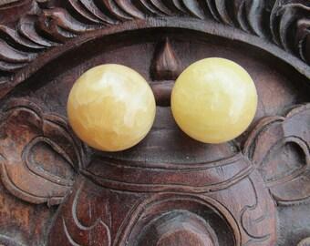 30 mm Yellow Calcite Sphere S108
