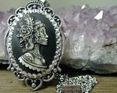 Sugar Skull Gypsy Feather Lady Cameo - Dia de Los Muertos