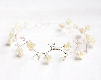 52_Ivory wedding crown, Pearl hair accessories, Ivory floral crown, Gold crown, Bridal crown, Flower crown, Crown flowers, Tiara wedding.