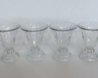 Libbey Clear Glass Footed Soda Float Milkshake Sundae Ice Cream Parlor Dish Glasses Set of 4, Retro Soda Fountain Parfait Tulip Serving Cups