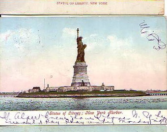 Lot of 10 post cards Statue of Liberty New York