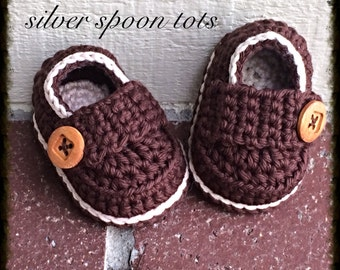 Baby Loafers, crochet baby loafers, Baby Booties, Baby Boy Loafers, Baby Boy Shoes,Newborn Booties, Brown and Cream