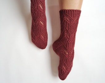 Burgundy chevron lace hand knit wool socks. Oxblood lace wool socks. Autumn winter accessories. Christmas gift for her.