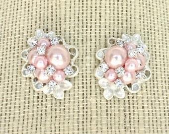 Pink Bridal Earrings- Pink Cluster Earrings- Pink Bridesmaid Earrings- Vintage Rose Pearl Earrings- Soft Pink Bridal Earrings- Brass Boheme
