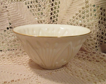 Vintage Lenox  Large Cream and Gold Serving Bowl