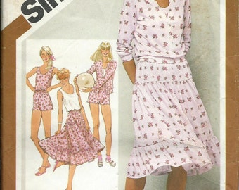 VTG Simplicity 9911 Misses Cardigan Jacket, Tank Top, Skirt and Shorts Pattern, Size 10-12-14 UNCUT