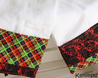 Halloween Kitchen Hand Towels, set of 2