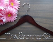 Bridal Hanger Personalized Keepsake , Custom Made Wedding Hangers with Names, Bridal Shower Gift idea,Wedding Photo Props