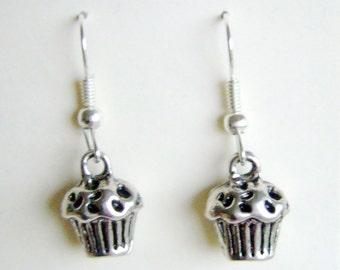 Cupcake earrings - silver (POC13), cup cake, muffin, mini muffin, fairy cake, baking