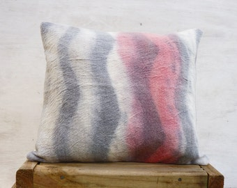 Shibori Felt Pillow cover, Pink Grey knit merino wool felt cushion, Geometric decorative throw pillow, Cottage home decor