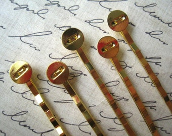 20 Golden Bobby Pin / Gold Colored Hair Pin with 8mm Glue Pad/ Perfect for Resin Flowers & Cabochons