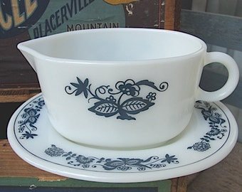 Vintage Pyrex Old Town Blue Gravy Boat and Plate