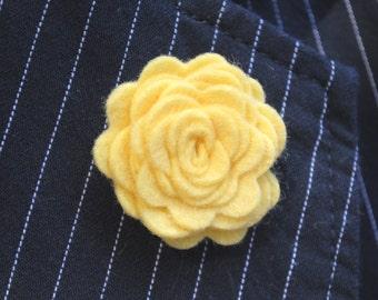 "Men's Lapel Pin. Custom Lapel Pin, Wedding boutonniere, Wool felt rosette. Groomsmen, Father's Day, 1.5"""