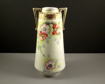 Art Deco Porcelain POPPIES Vase // Green Stamp Japan // from Successionary