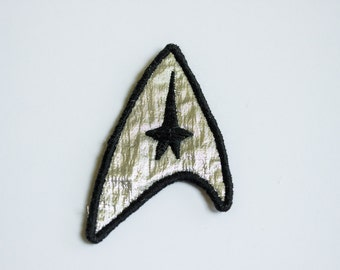 Star Trek Cosplay Embroidered Badge - Commander Uniform Insignia Starfleet Command Badge for Cosplay for Costume