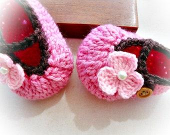 Heaven Baby Mary Janes Crochet Pattern