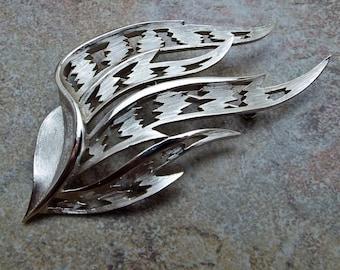 Signed Trifari Openwork Leaf Brooch Pin Silvertone