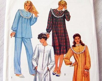 Simplicity 6626 uncut size 6 and 8 night gown and pajamas