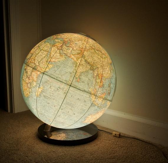 1976 National Geographic World Globe Lamp Light Up Globe