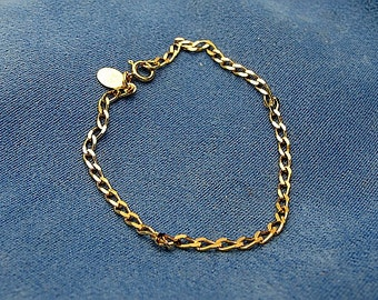 Delicate chain bracelet, gold over sterling silver