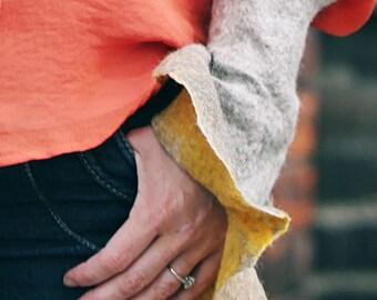 Wool Wrist Warmers Handmade . The Swirl. Mustard and undyed wool. Eco wool.