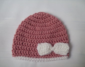 Crochet Baby Hat with Bow // Pink Newborn Baby Girl Hat // Crochet Pink Baby Hat // Newborn Baby Hat