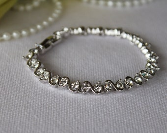 Bridal Bracelet / Swarovski crystal Bracelet - April birthstone Jewelry