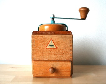 Mid century. German. Coffee Grinder. FMH. DDR era (H144)