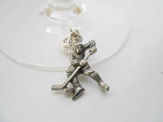4 Magnetic WINE Charms - MOMs TAXI - Soccer Mom - Hockey Player - Soccer Boy