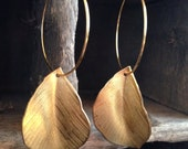 14k gold hoop with etched brass leaf