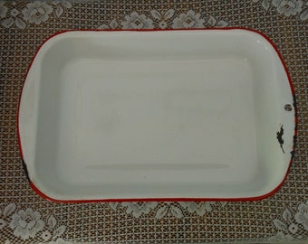 Procelain Bake Pan Vintage Enamelware Baking Pan - White with Red Edging  Porcelain Enamel