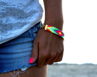 Chunky Chain Friendship Bracelet. Cool Neon.