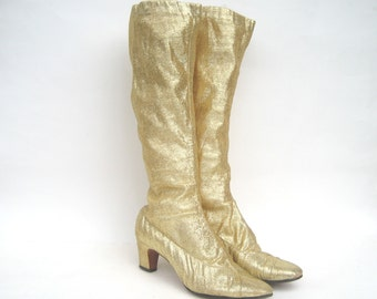 vintage gogo boots - gold mod boots - size 7 - 1960s gold gogo boots - vintage 1960s boots - metallic stretch lurex gold boots - 60s boots