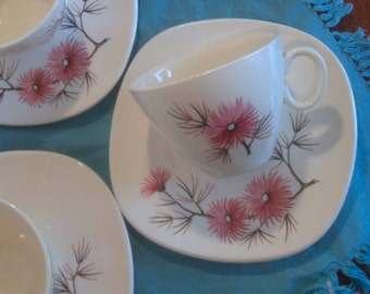 Edwin Knowles Coral Pine Pattern - Criterion Shape - Cups and Saucers - Set of 5 cups and 6 saucers