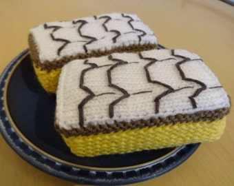 Knitting pattern Vanilla Slice Cake toy,knitted cakes, food,play food, easy pattern,