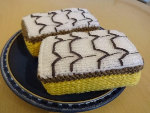Cake Knitting Pattern Free Download : Knitting pattern Vanilla Slice Cake toyknitted cakes
