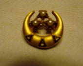 Vintage Tri Delta Sorority Pin 10k Gold with Seed Pearls Delta Delta Delta 2 1/2 grams