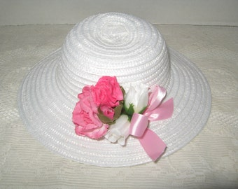 White Straw Type Hat for 18 inch Doll w Dark Pink Flowers White Rosebuds