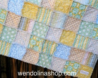 Small Baby Shabby Chic Reversible Rag Quilt