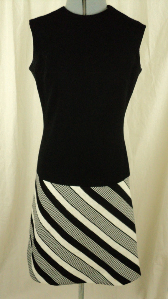 60s shift dress vintage black and white mad men style dress
