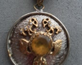 Vintage large medallion style 1970,s jewelled pendant statement necklace ajustable 22inches