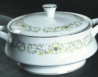 Mint Sterling Florentine patterned Covered Casserole