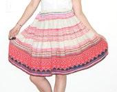 Vintage Mexican Skirt / Guatemalan skirt / embroidered skirt / Frida Kahlo / hand stitched skirt / ethnic skirt /