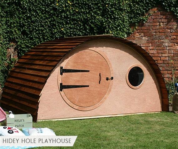 Hobbit hidey hole playhouse garden den for Hobbit style playhouse
