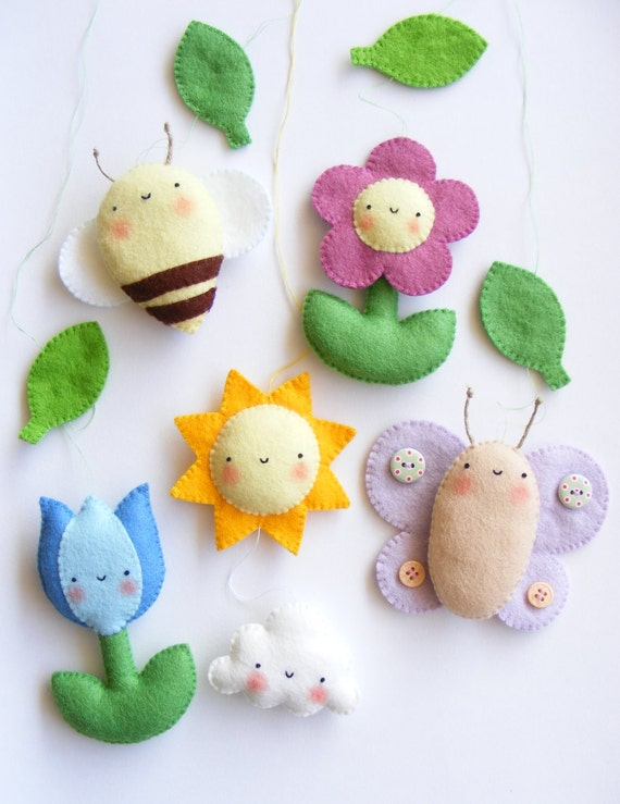 PDF pattern - Spring baby crib mobile ornaments. Tulip, daisy, sun, cloud, bee and butterfly. Felt spring ornaments, easy sewing pattern