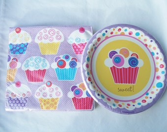 Set of cupcake themed paper plates and napkins - birthday party supplies - cupcake birthday decorations - cupcake theme - party supplies