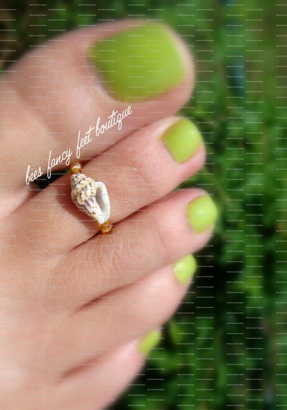 Toe Ring - Shell - Topaz - Apricot - Bead Stretch Bead Toe Ring
